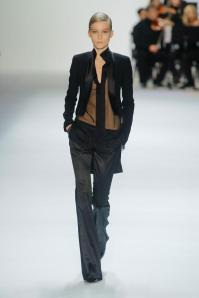 akris-autumn-fall-winter-2013-pfw43