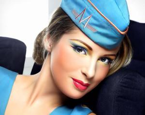 stewardess-look-makeup-store