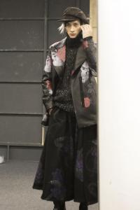 yohji-yamamoto-mens-backstage-autumn-fall-winter-2014-pfw12