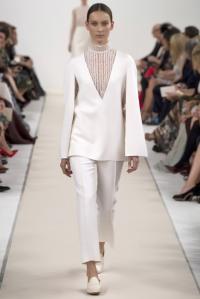 Valentino-White-13-683x1024