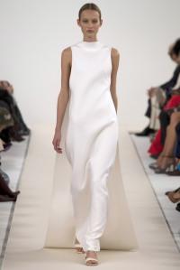 Valentino-White-8-683x1024
