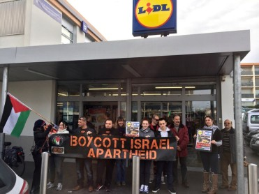 2016-1-23_lidl_protest